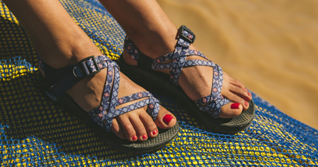 Are Chacos Good for Flat Feet?   Good